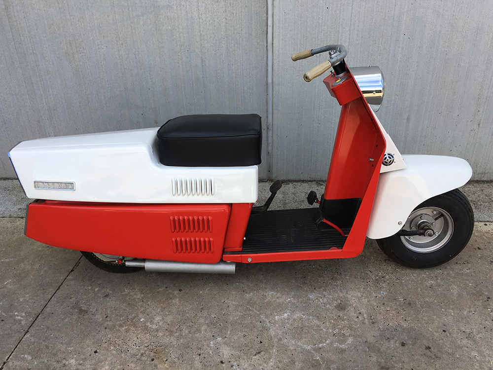 Cushman Road King 720 Series Scooter